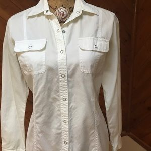 Chico's fitted blouse with snaps